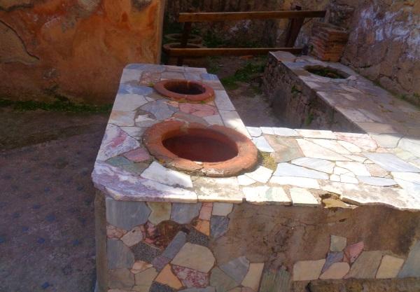 Behälter für Essen in Restaurant in Herculaneum